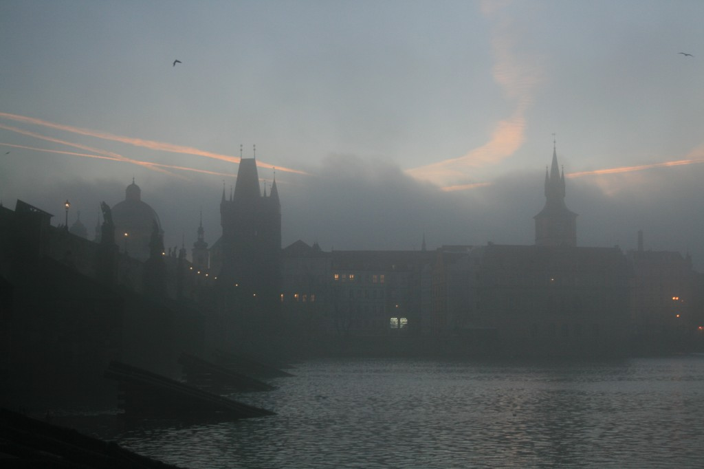 prague-charles-bridge-8