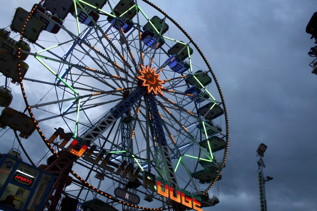 They also had a Ferris Wheel.  Who goes on these?