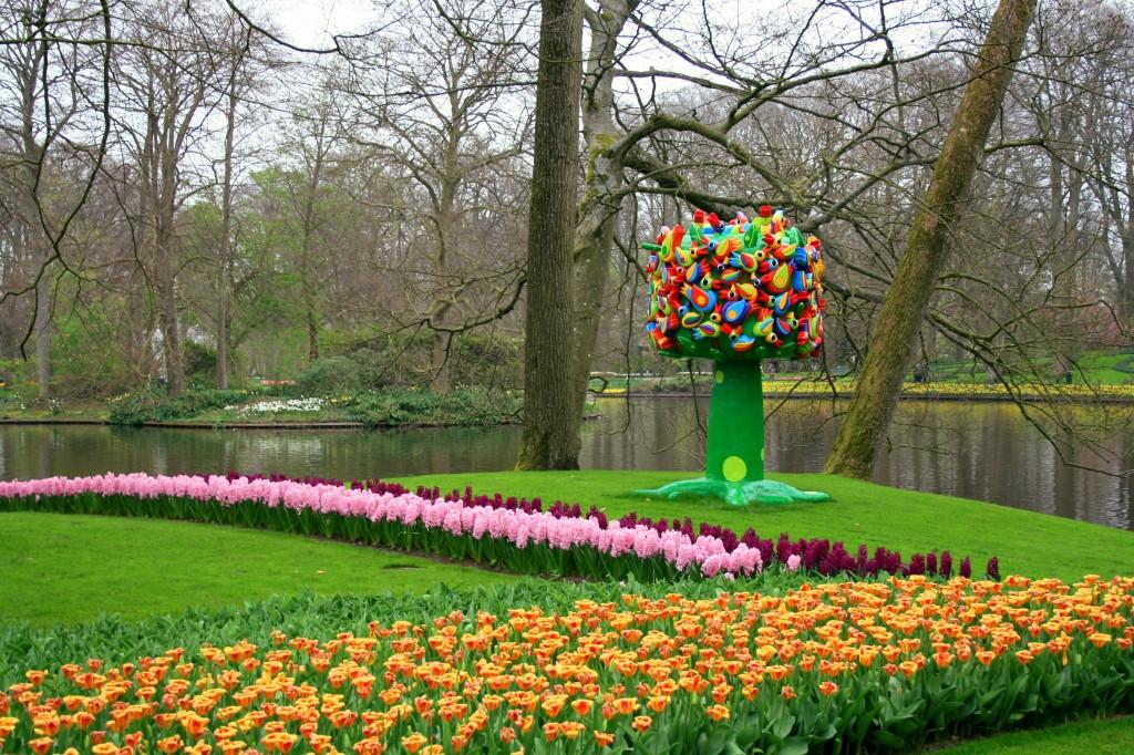 keukenhof-garden-sculpture-1w