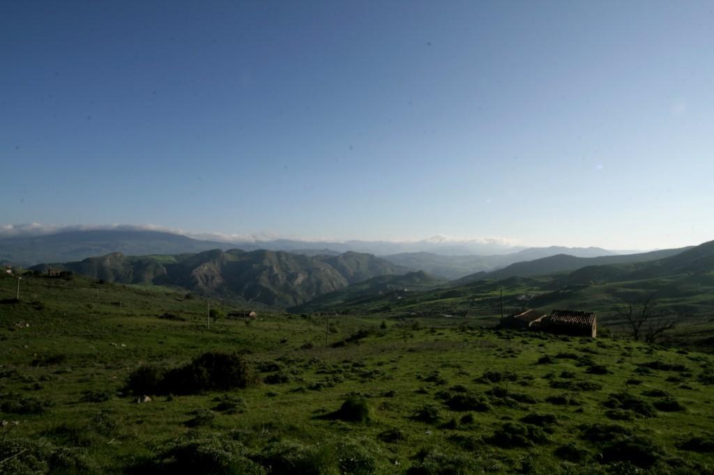 sperlinga-countryside-1w