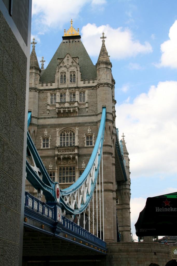 bridgetown-tower-bridge-south