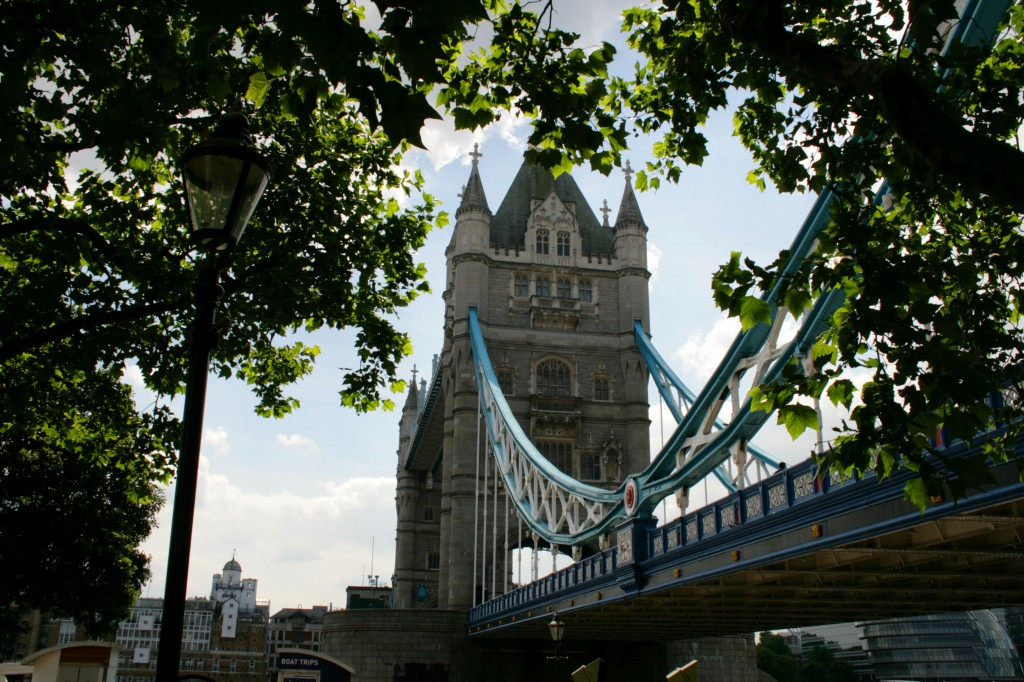 bridgetown-tower-bridge-trees