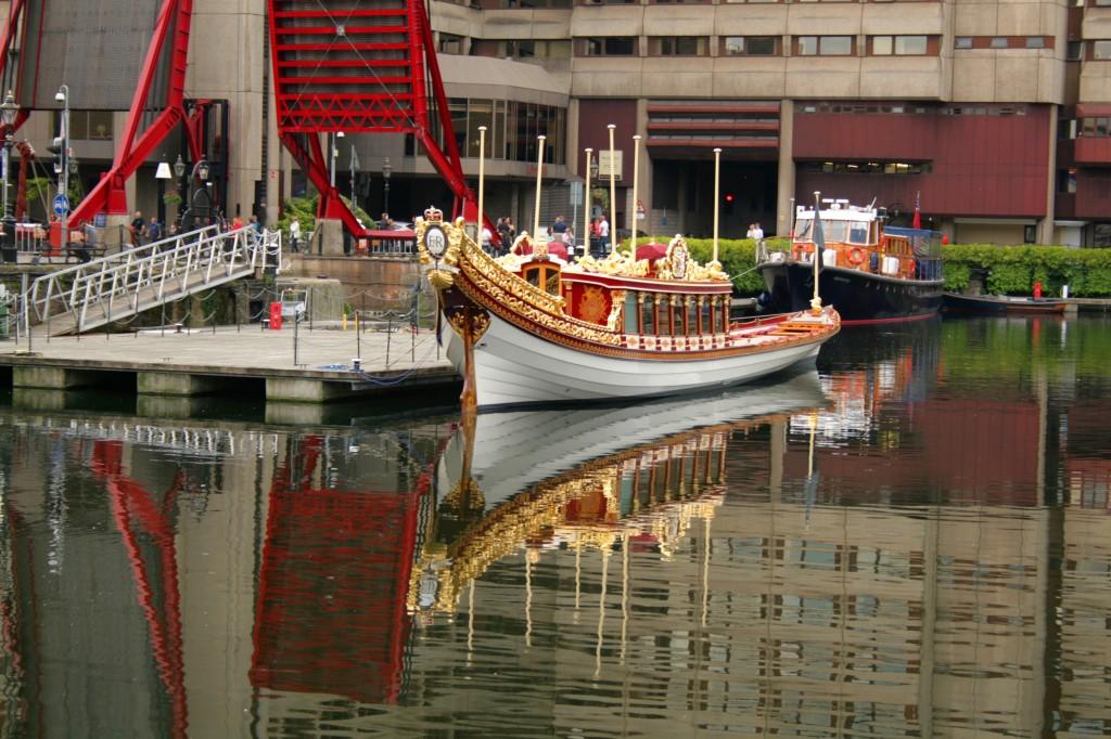 katharine-docks-jubilee-barge-1