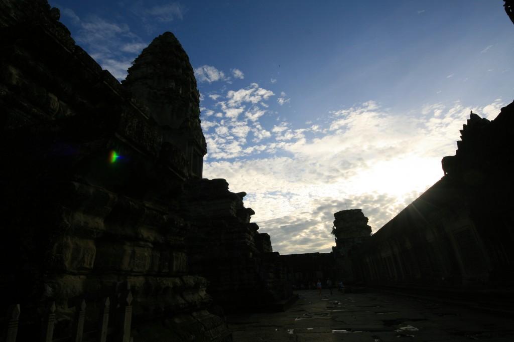 angkor-wat-interior