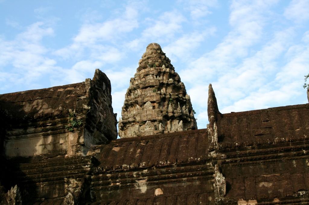 angkor-wat-tower-1