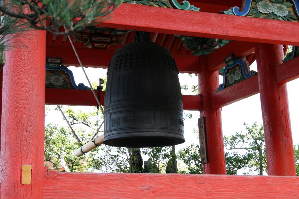 kiyomizu-dera-temple-bell