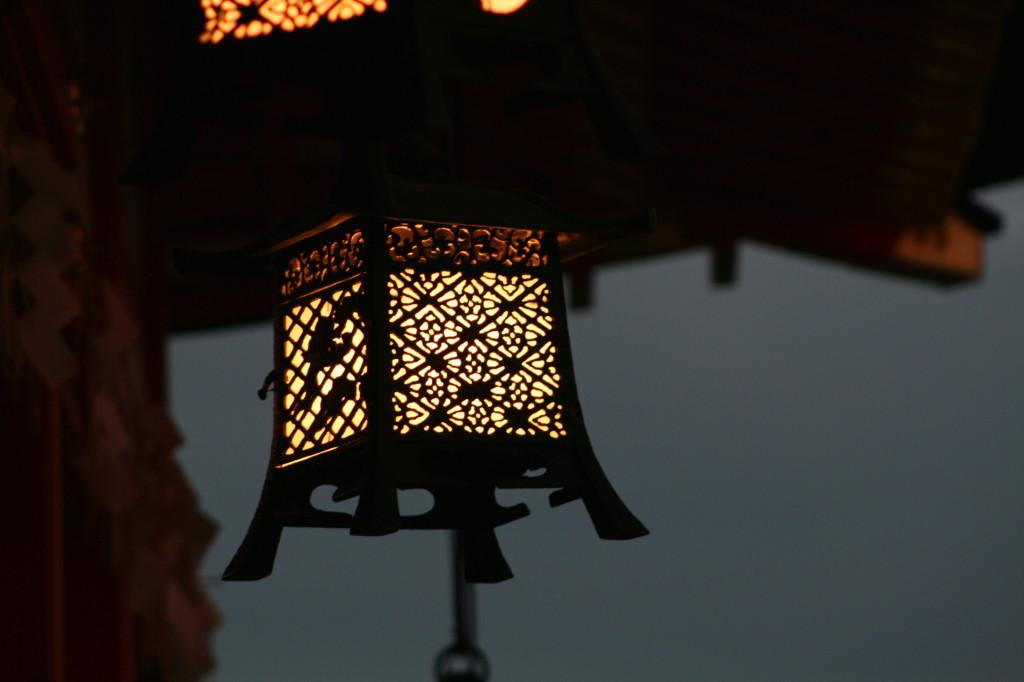 fushimi-inari-lantern-2