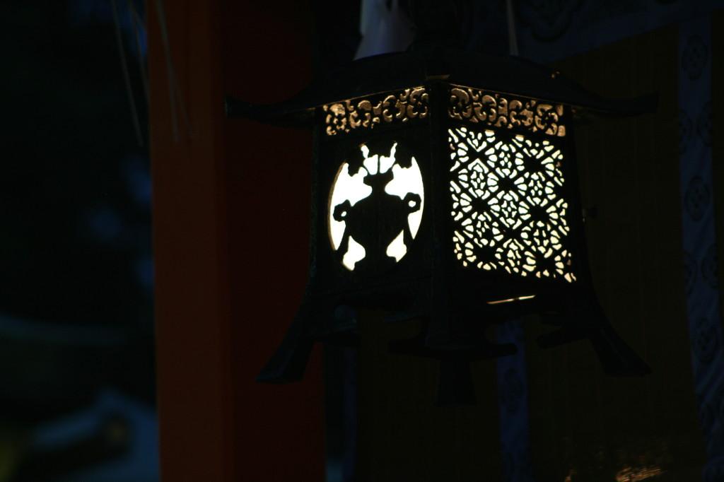 fushimi-inari-lantern-3