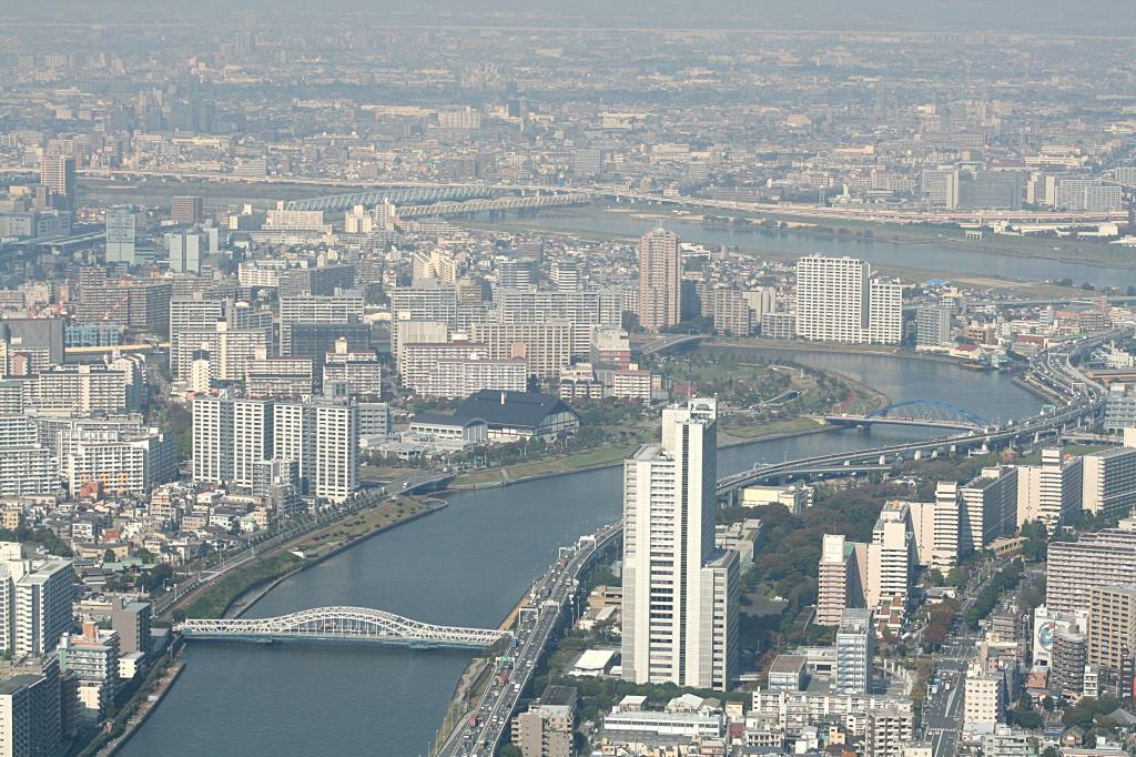 skytree-tokyo-distance-1
