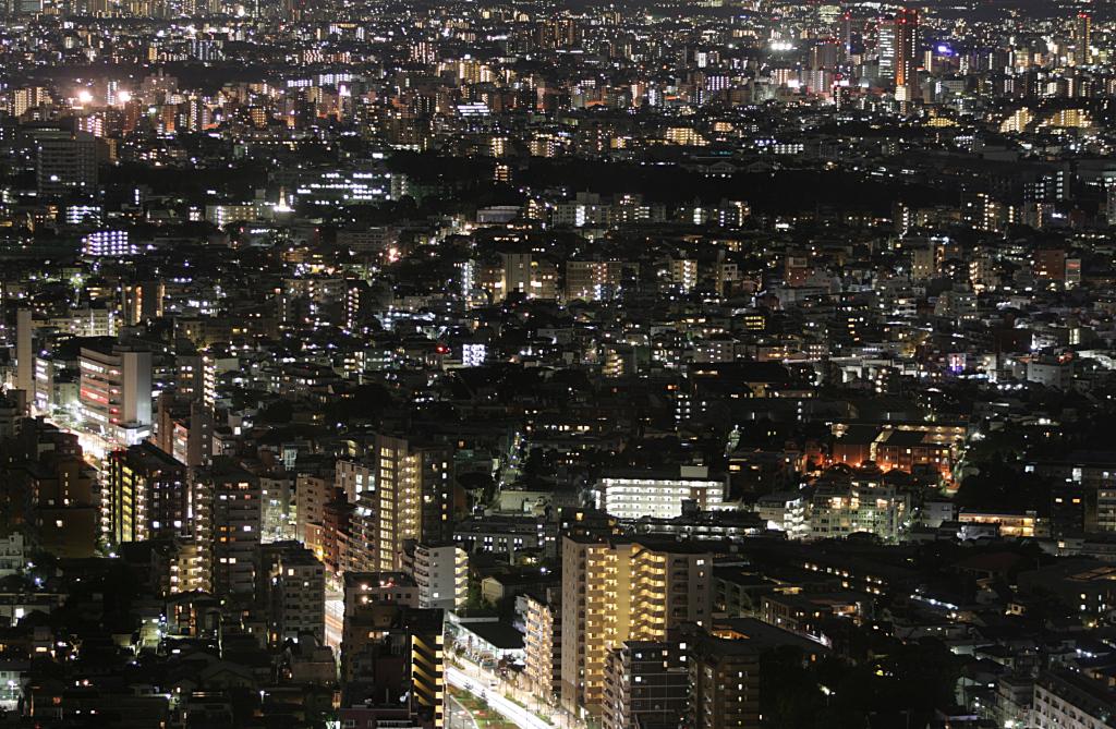 tokyo-city-lights-2